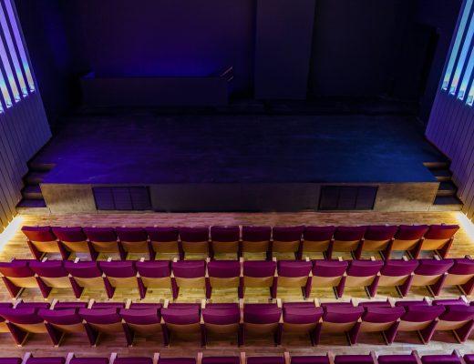 Theatre-0027-0X4B0084